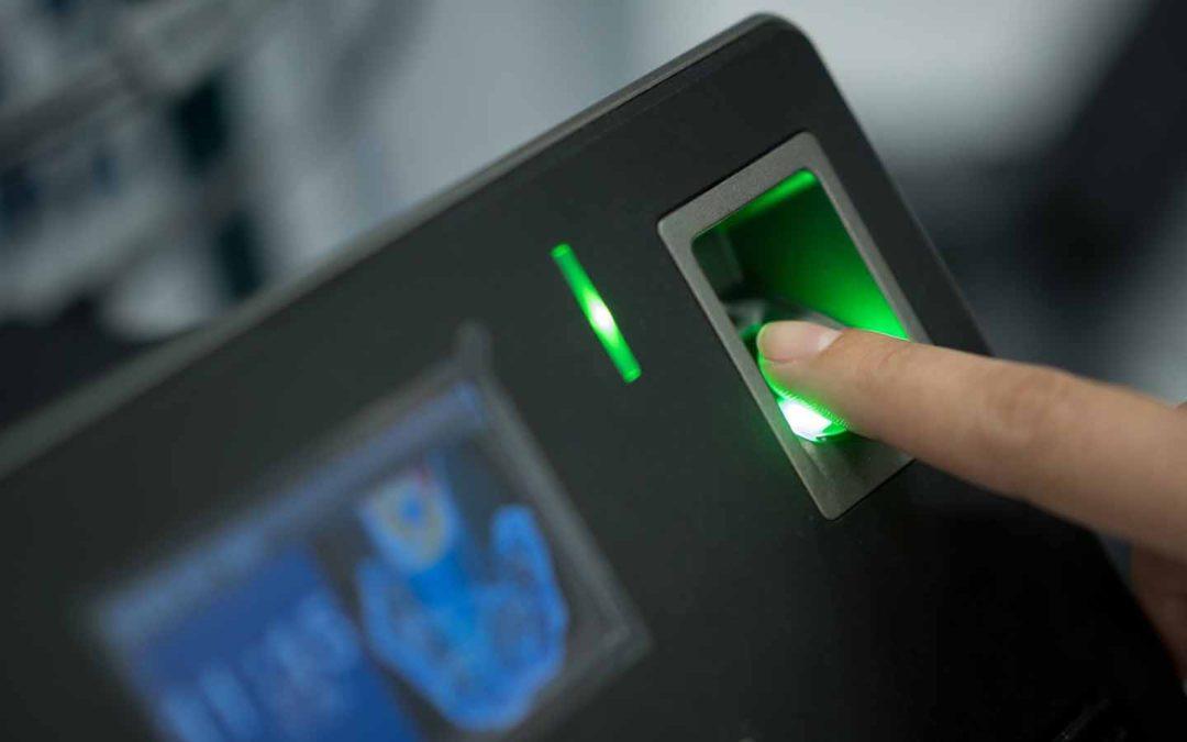 Биометрические считыватели отпечатков пальцев